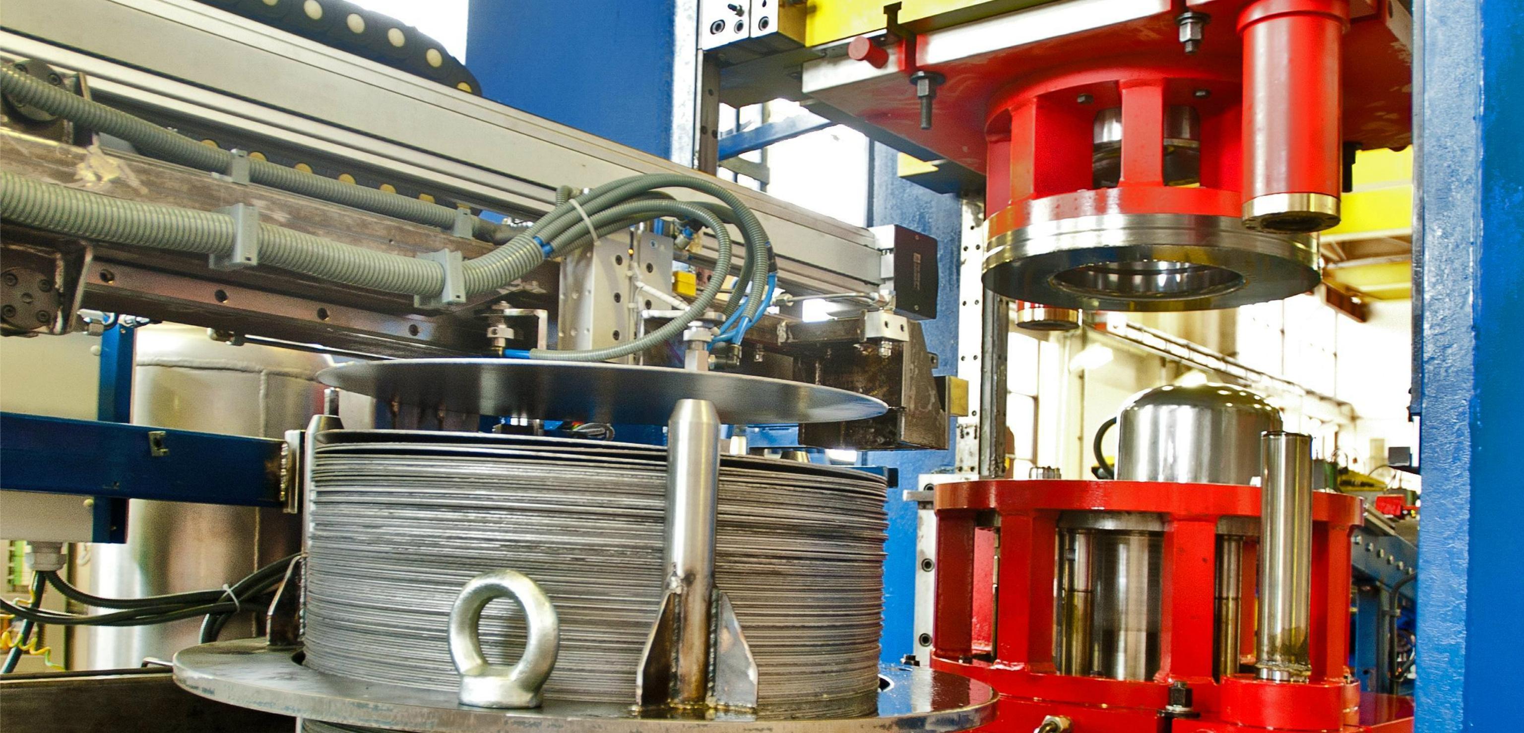 Hydraulic deep drawing press automatic feeding system four column press h type press supplier from turkey